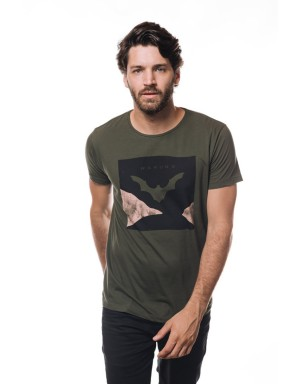 Camiseta Bat Art (Militar)